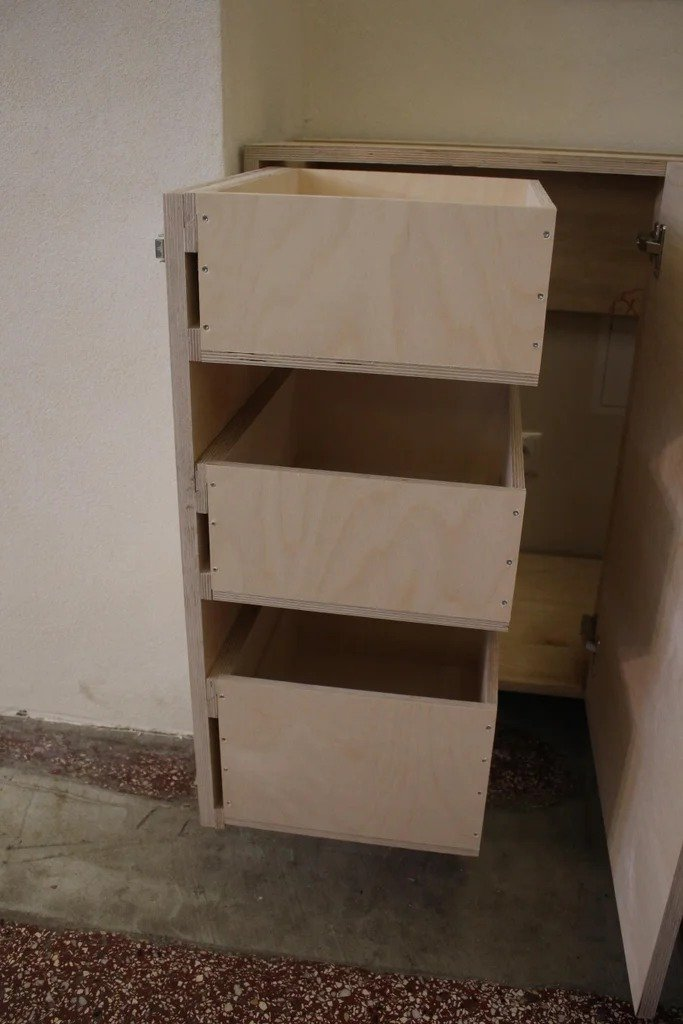 Cheap kitchen made of plywood + some interesting ideas