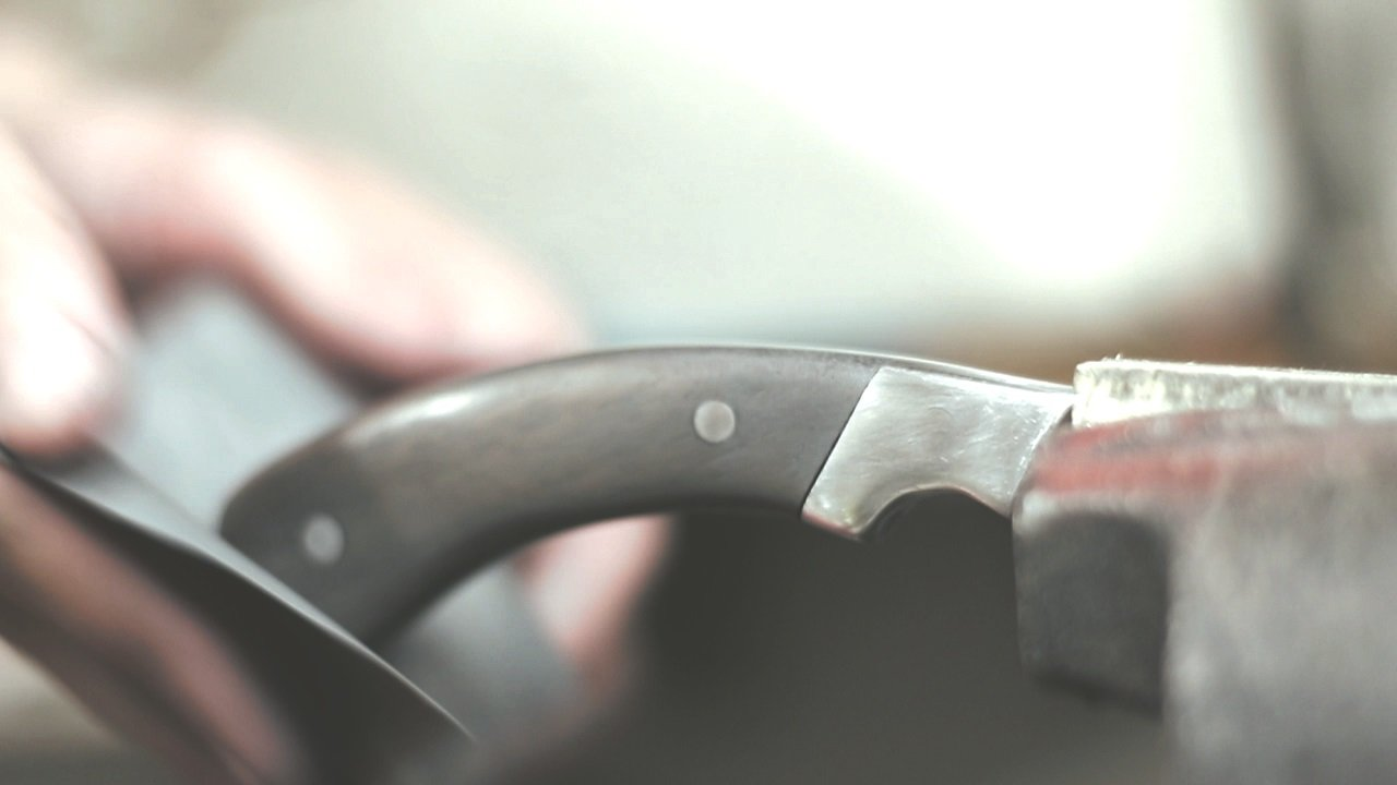 Tanto style lawn mower blade