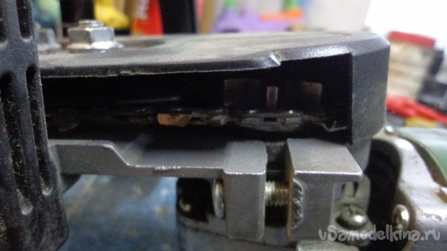 Chip removal for the attachment