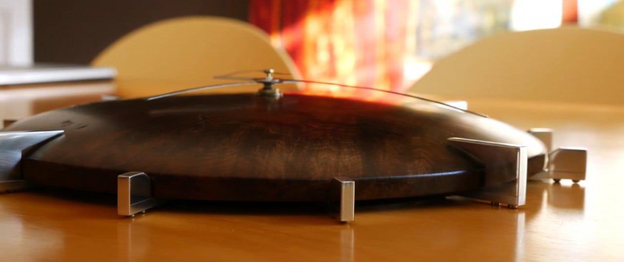 Солидные настенные часы из дерева и металла своими руками