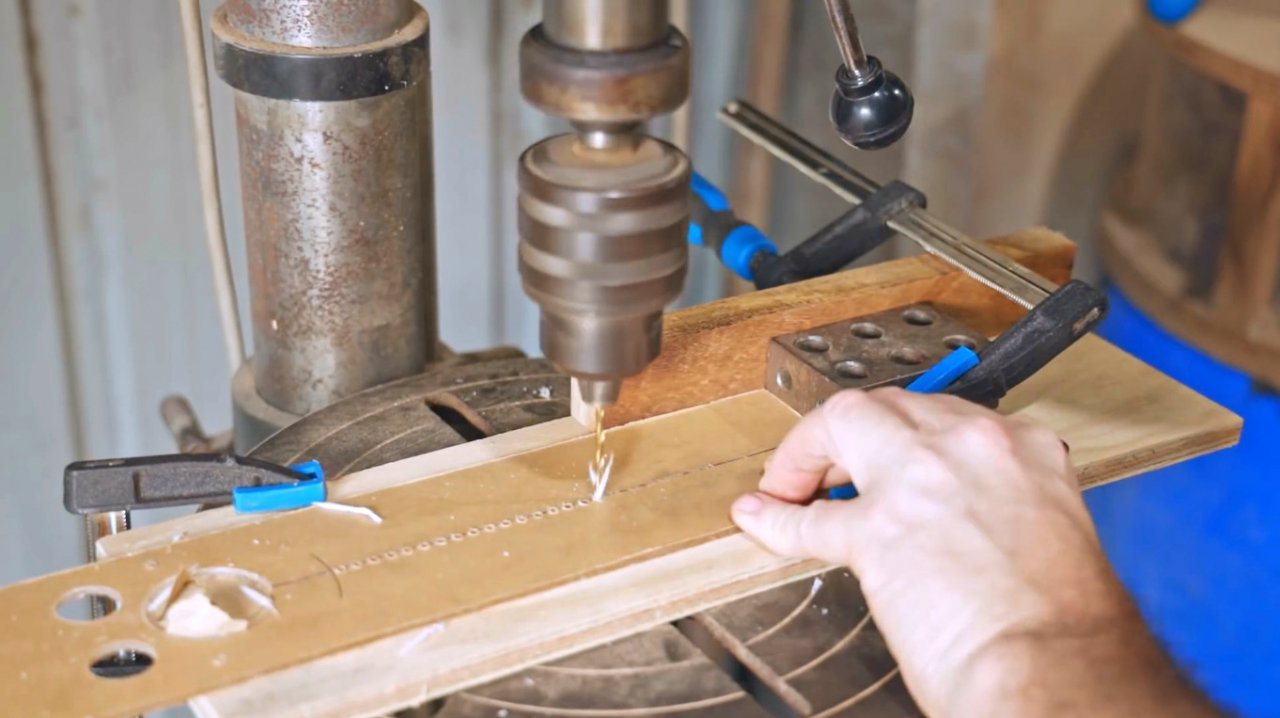 DIY cutting board, features of working with circular accessories for the router