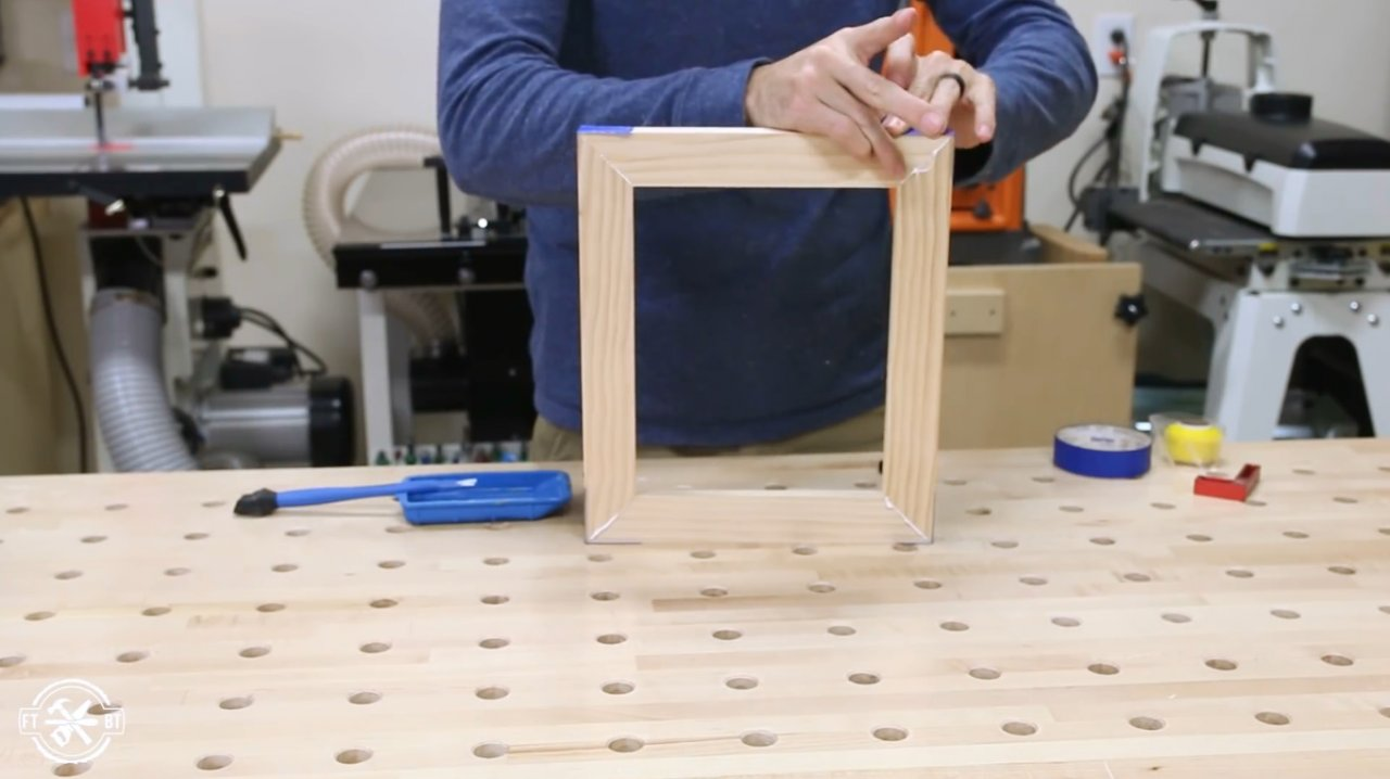 Three ways of making frames for pictures and photos