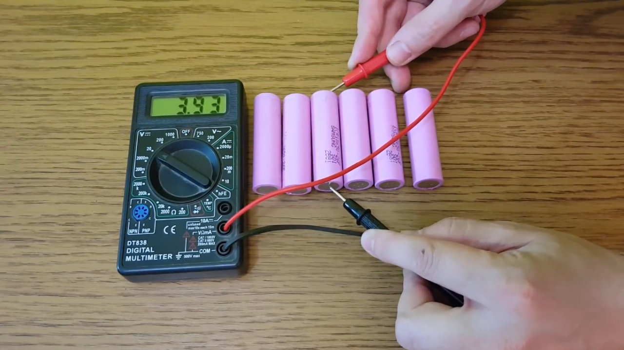 How to make a simple charger for Li-ion 18650 batteries