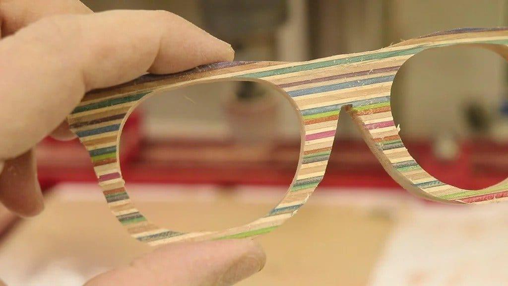 Sunglasses made of veneer