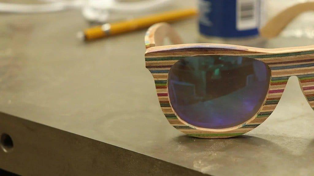 Sunglasses from veneer