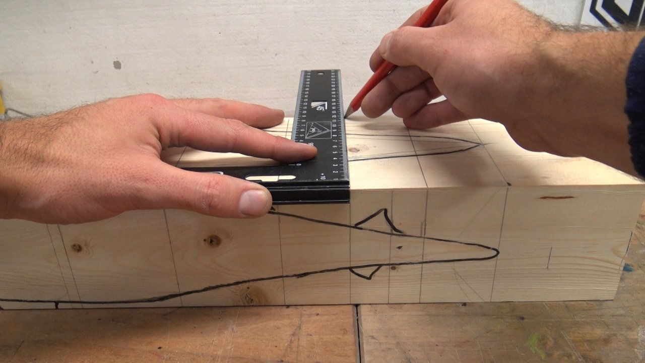 How to make a whale shark with a movable body