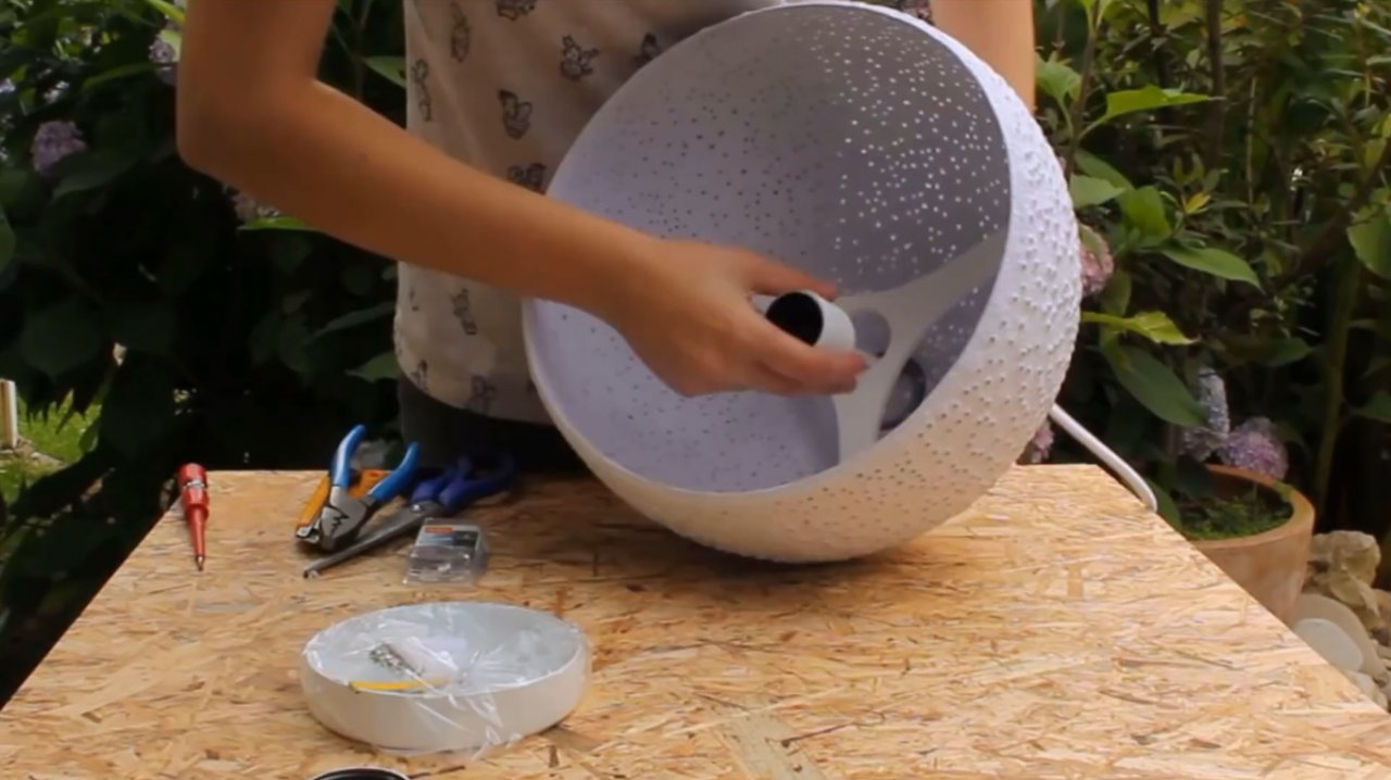 How to make a beautiful papier-mache lampshade