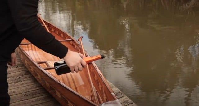 Exclusive design canoe
