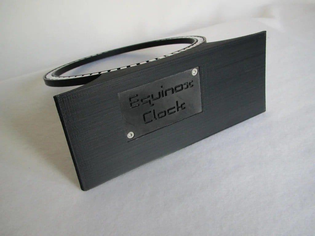 Неопиксельные часы с анимацией