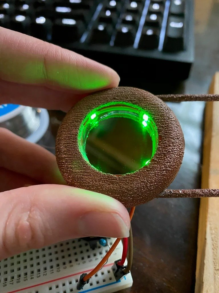 Copper hair clip with 'infinity mirror'