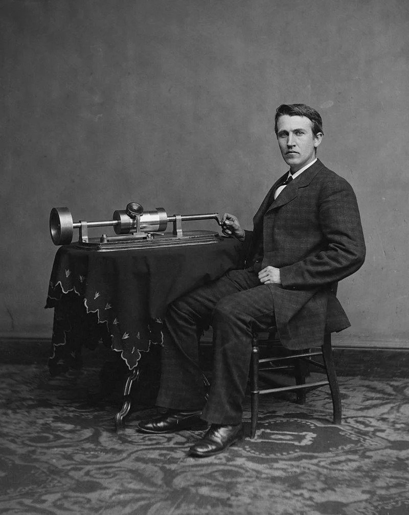 Phonograph - the first sound recording device (do it yourself)