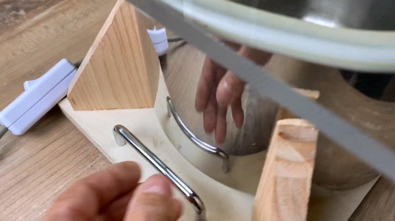 How to make a simple vacuum chamber