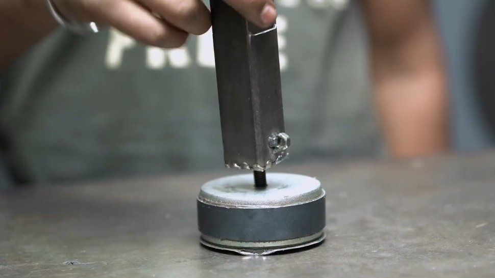 Magnetic clamp for welding with your own hands