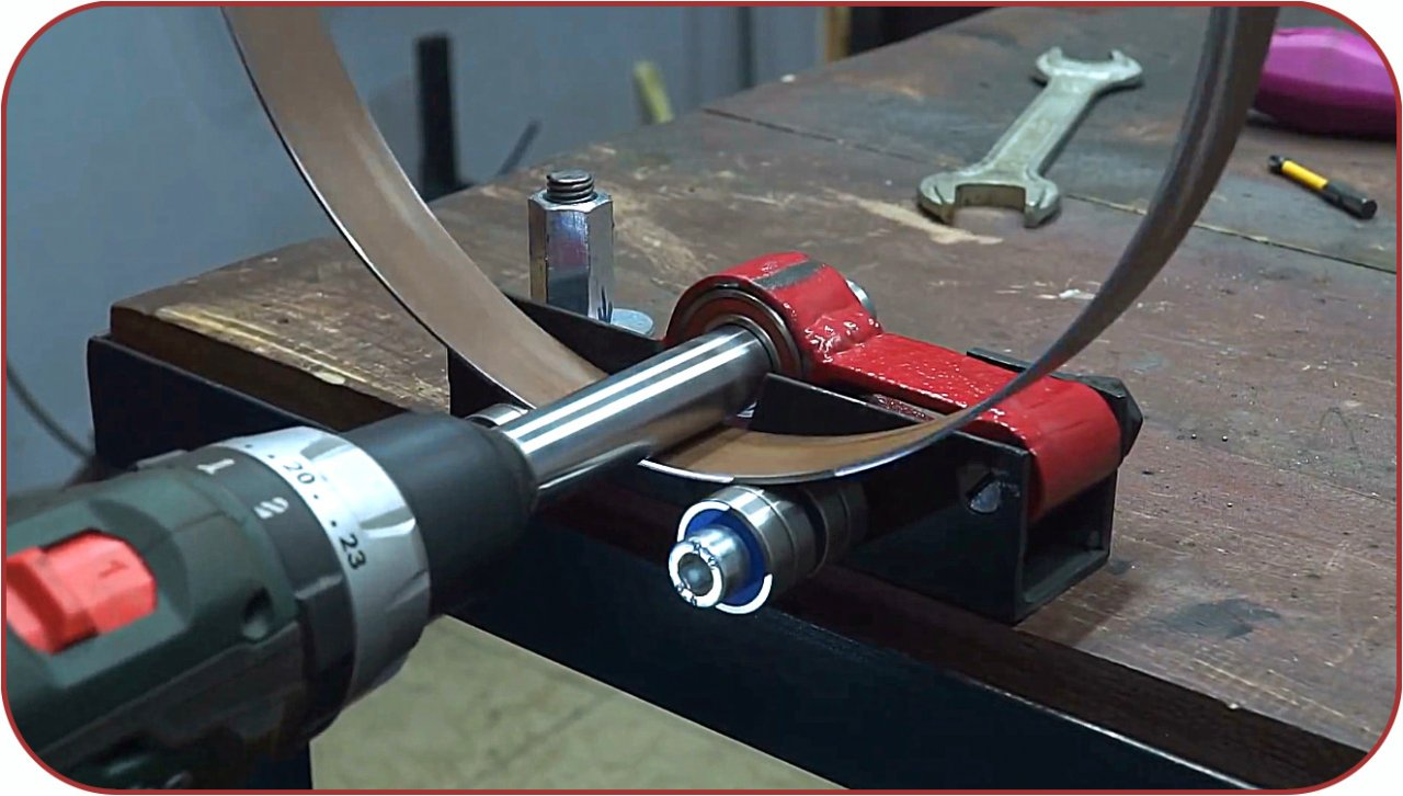 How to make a bending machine driven by a screwdriver