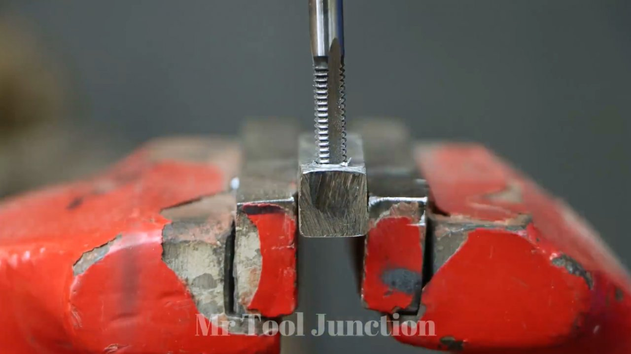 How to make a machine tool for making springs