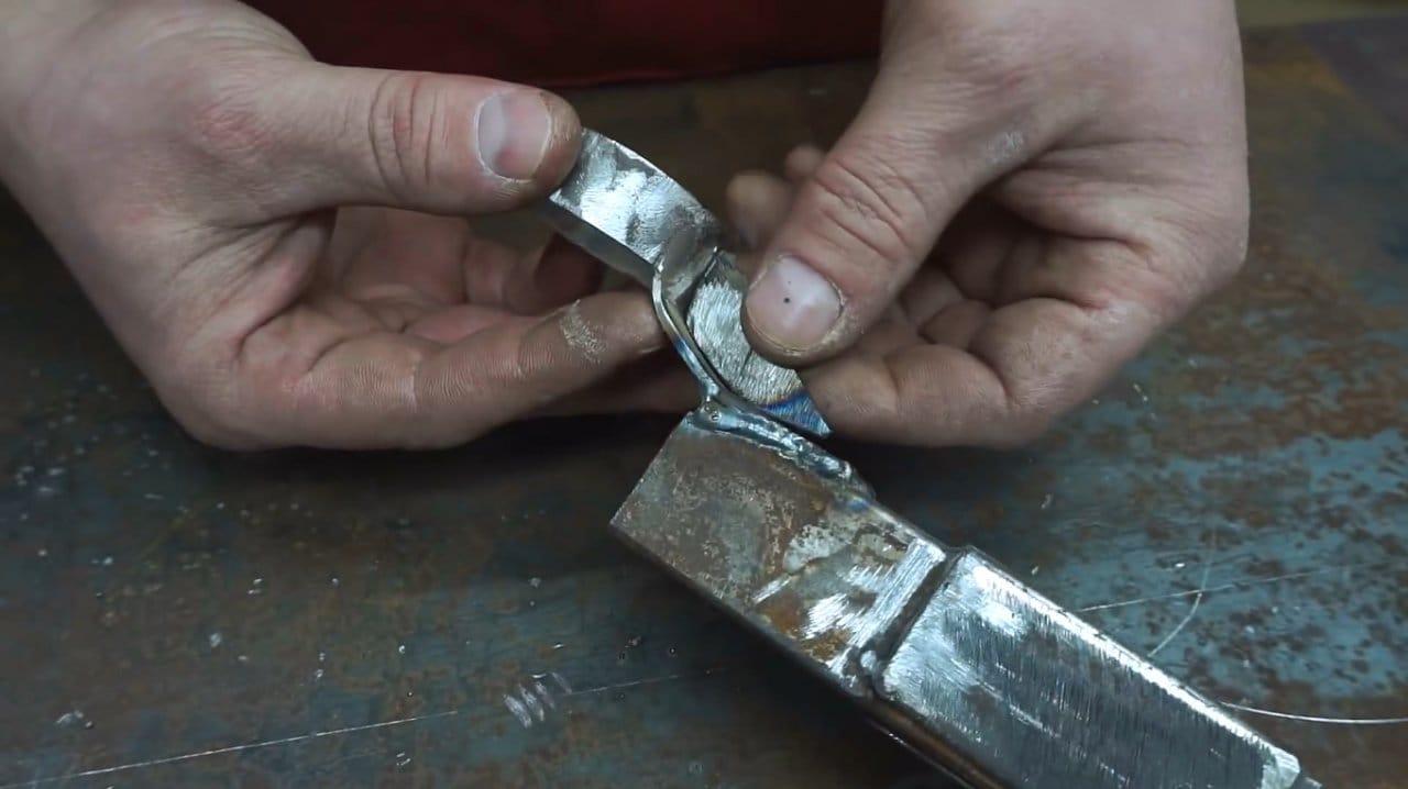 Do-it-yourself belt sander for a grinder