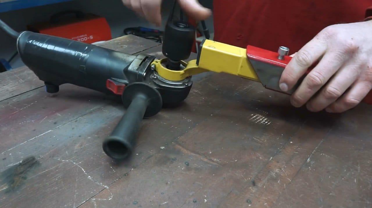 Do-it-yourself belt sander for grinder