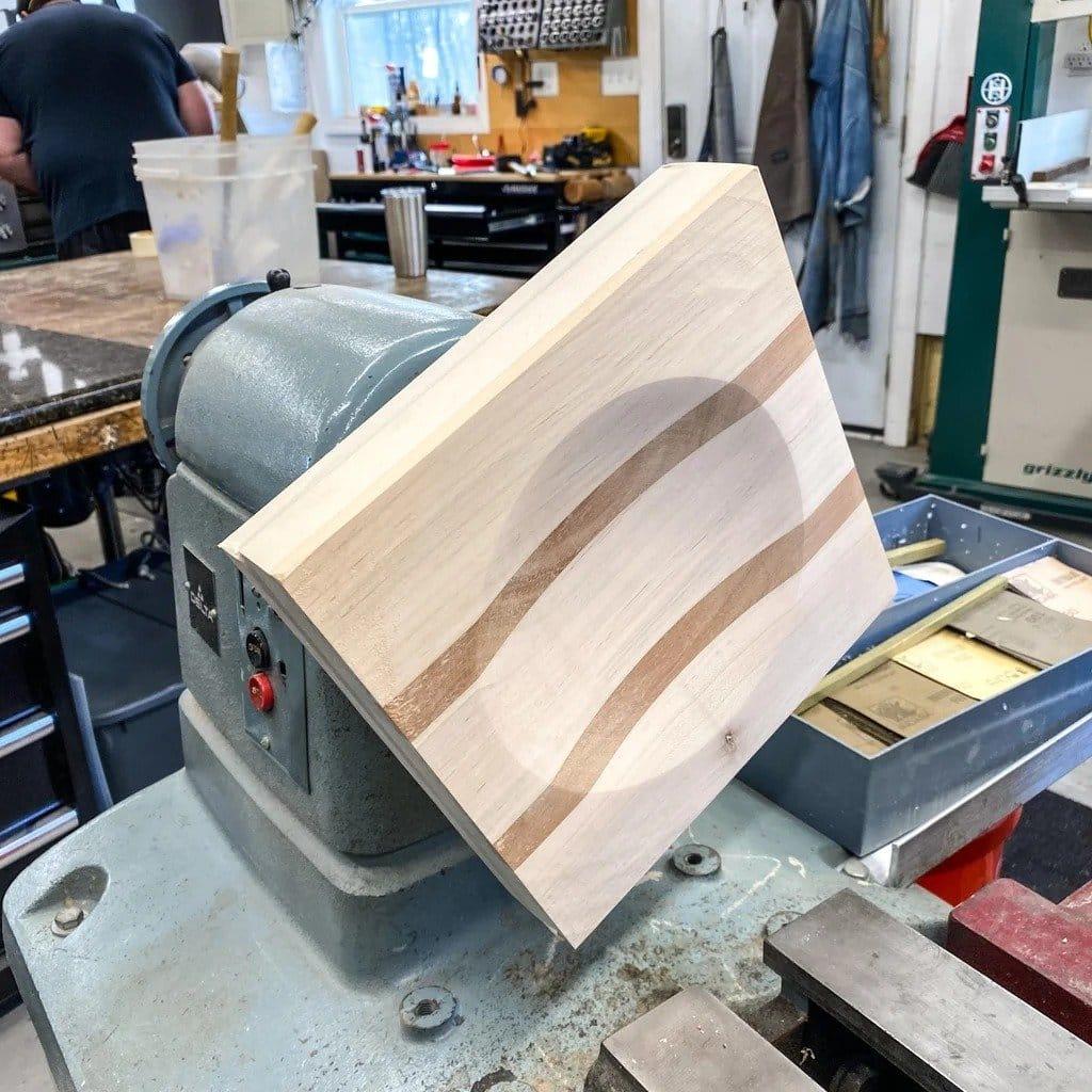 Ulu knife from the saw blade + cutting board