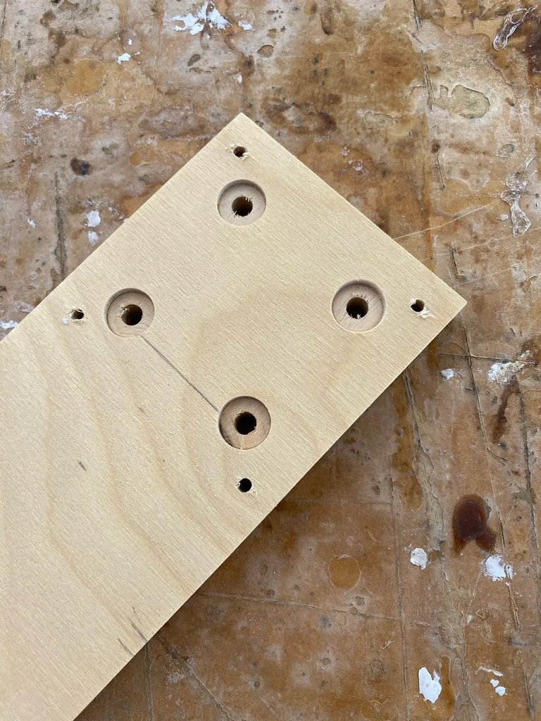 Wooden spirals and CNC-machine for their manufacture