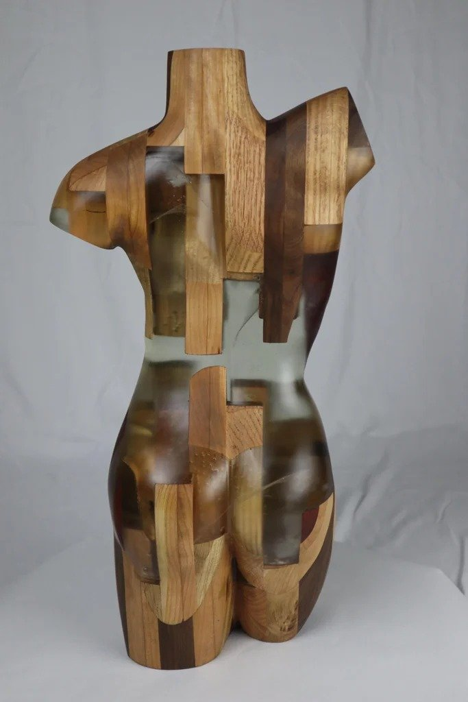 Sculpture made of wood and epoxy resin