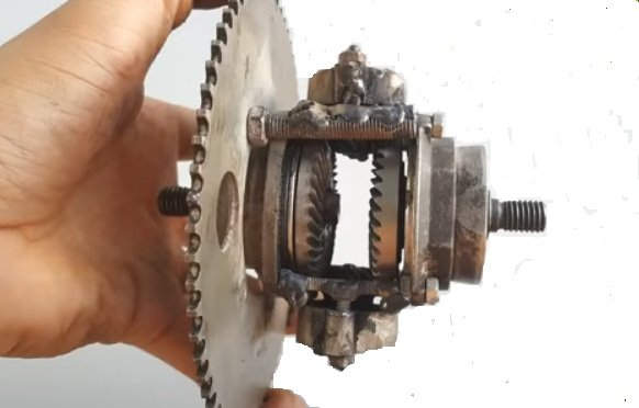 Miniature, budget differential for light vehicles