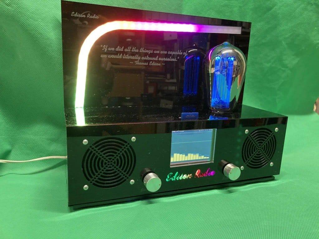 Vintage Edison radio (Internet radio)