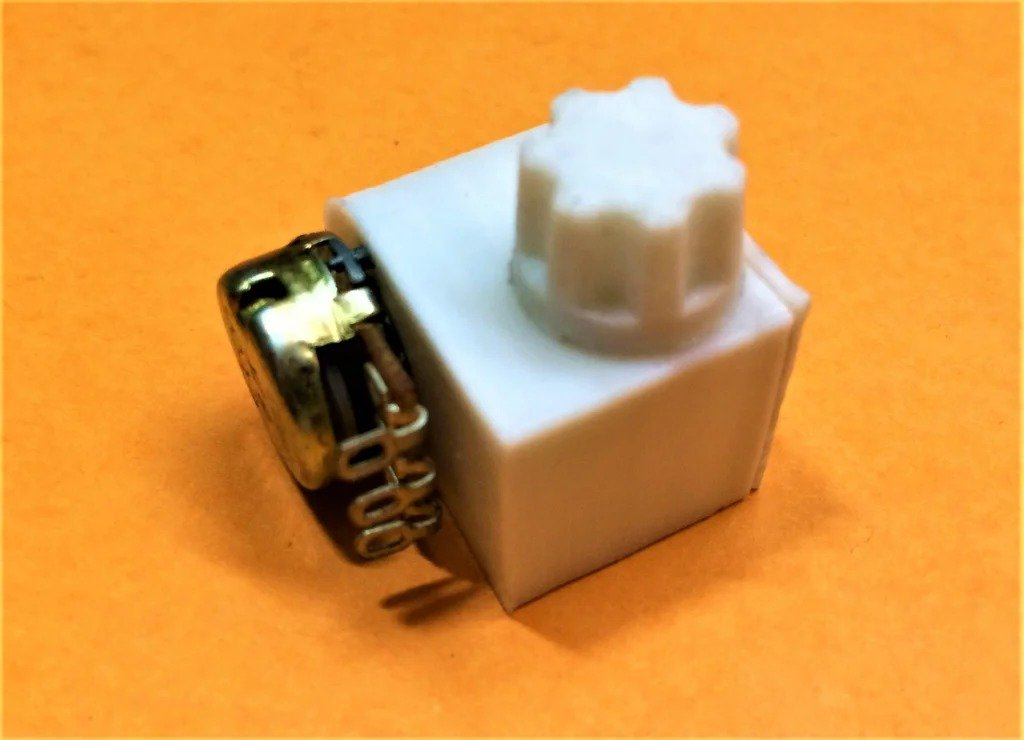 How to make a multi-turn potentiometer from a single-turn one