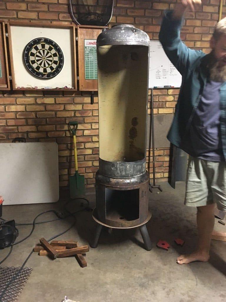 Коптильня горячего копчения из двух баллонов