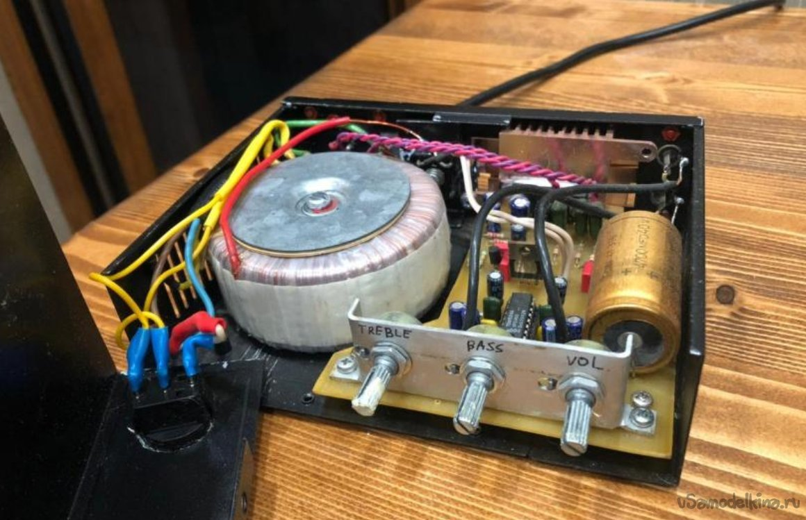 Homemade amplifier 2x16W (LA4663 and TDA1524A)