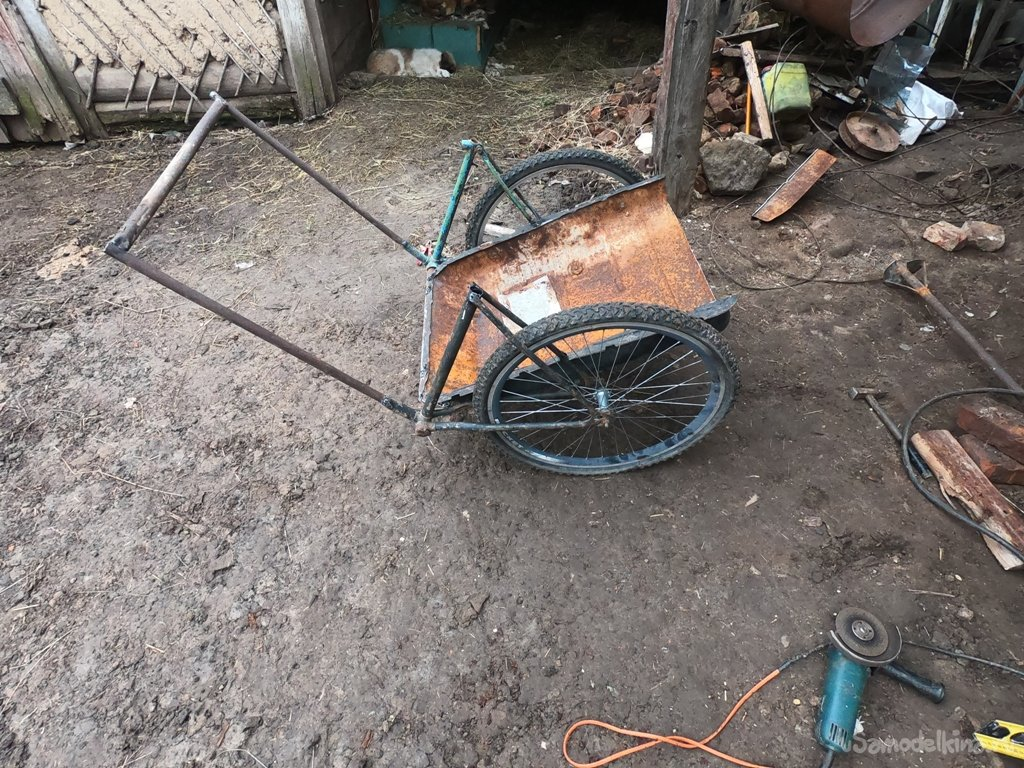 Agricultural cart made of bike parts and gas tank