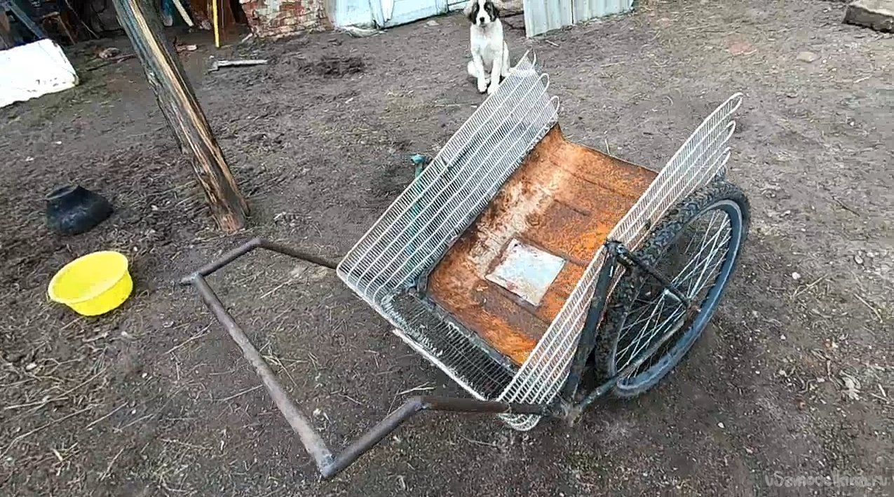Agricultural cart from bike parts and gas tank