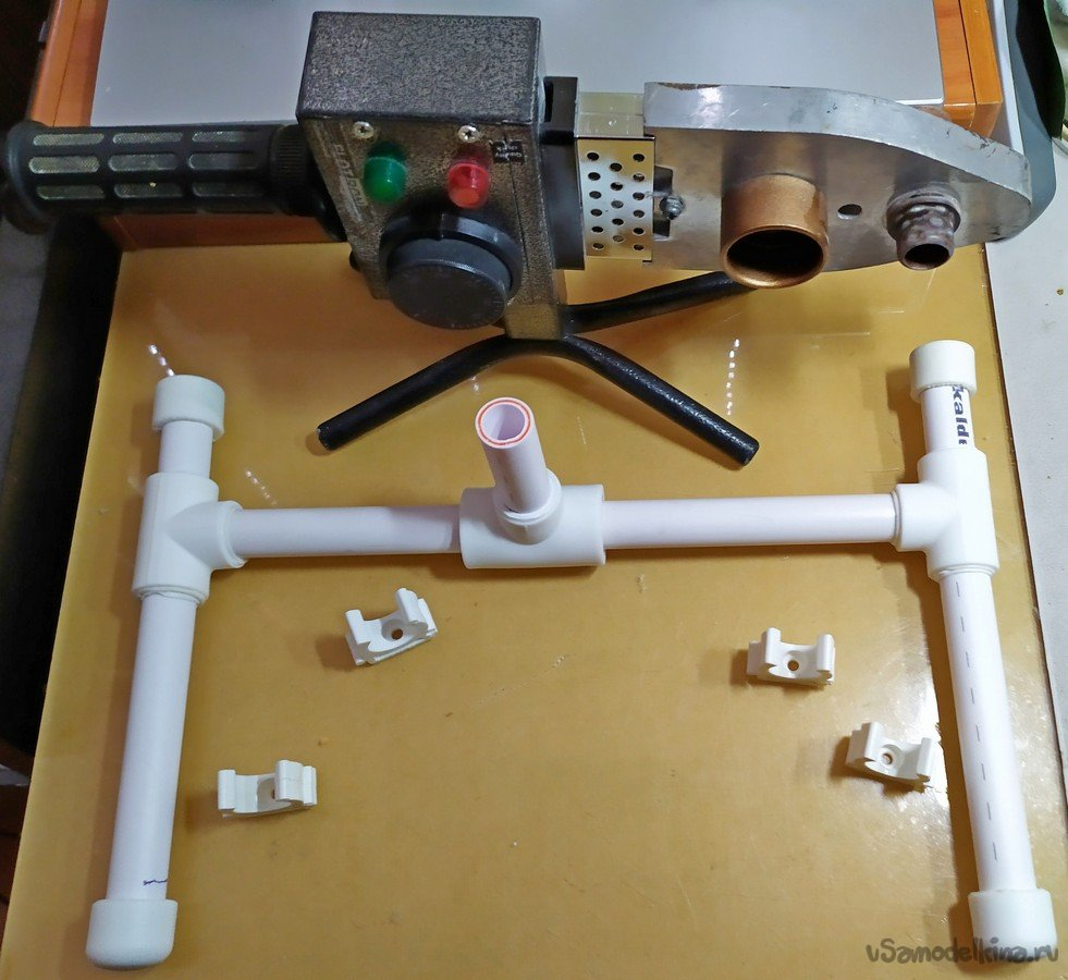 The third arm made of polypropylene pipes