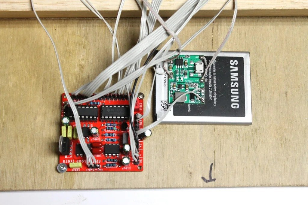 Synthesizer on 555 microcircuit