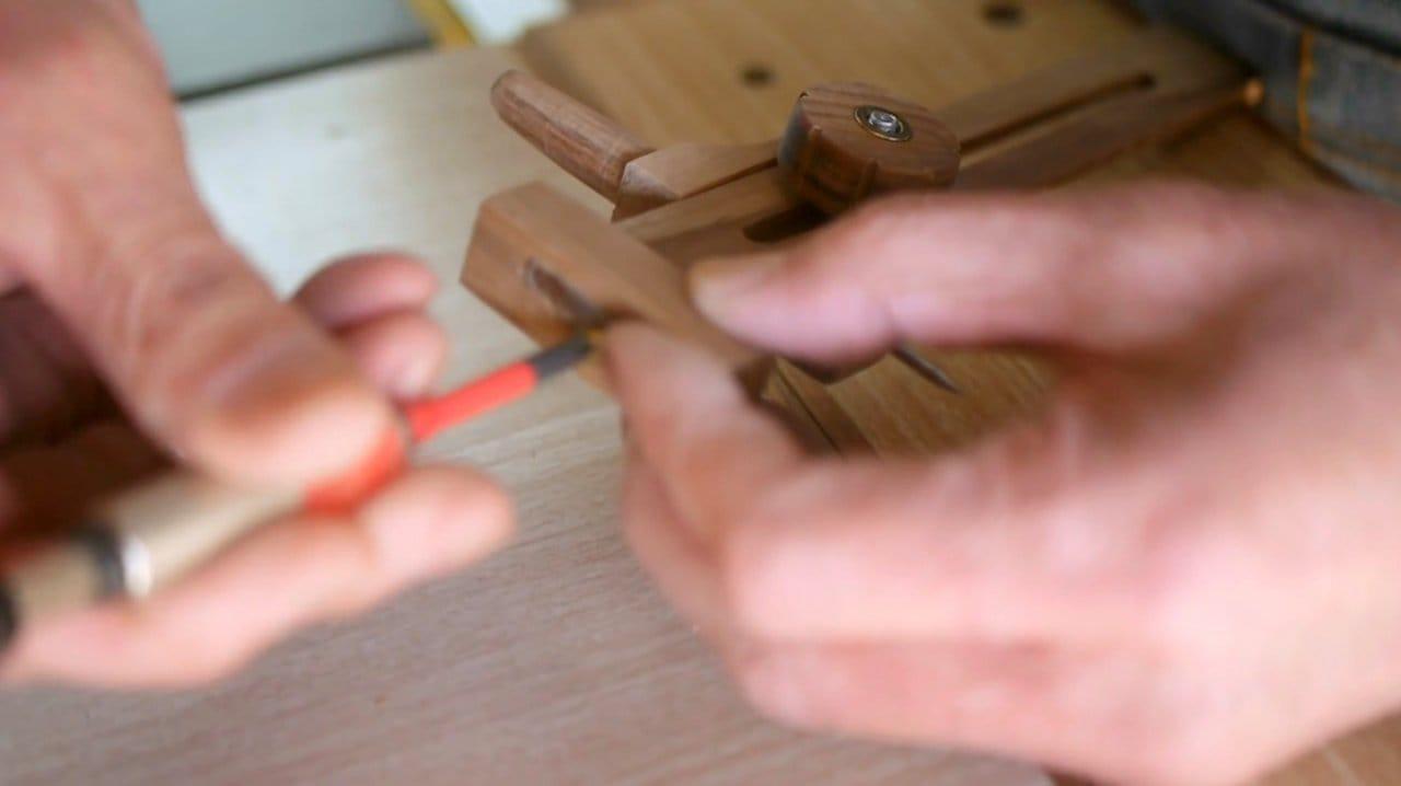 How to make a cutter compass