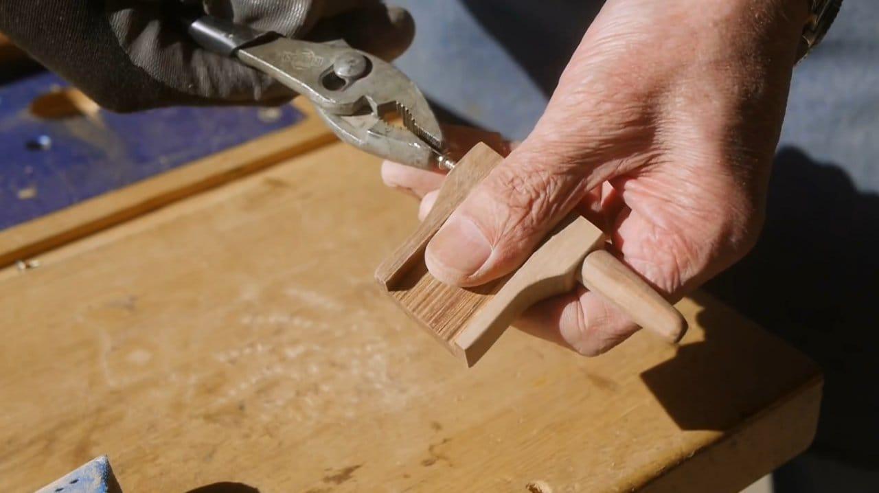 How to make a compass-cutter