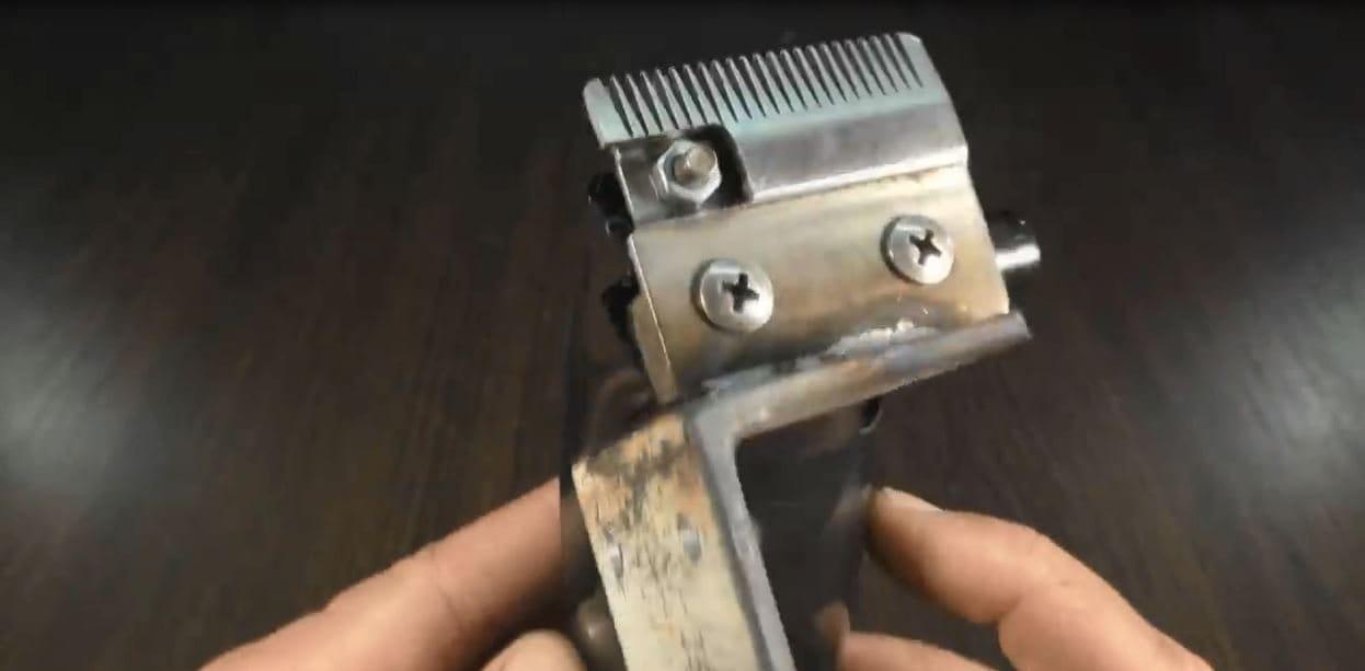 Jigsaw machine based on a hair clipper