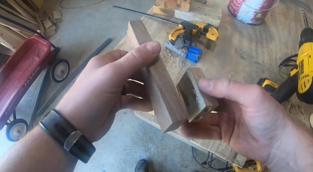 Homemade jig for drilling holes