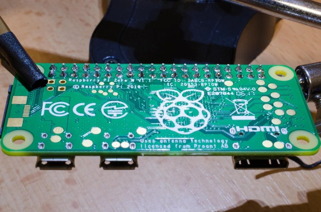 Home weather station on Raspberry Pi