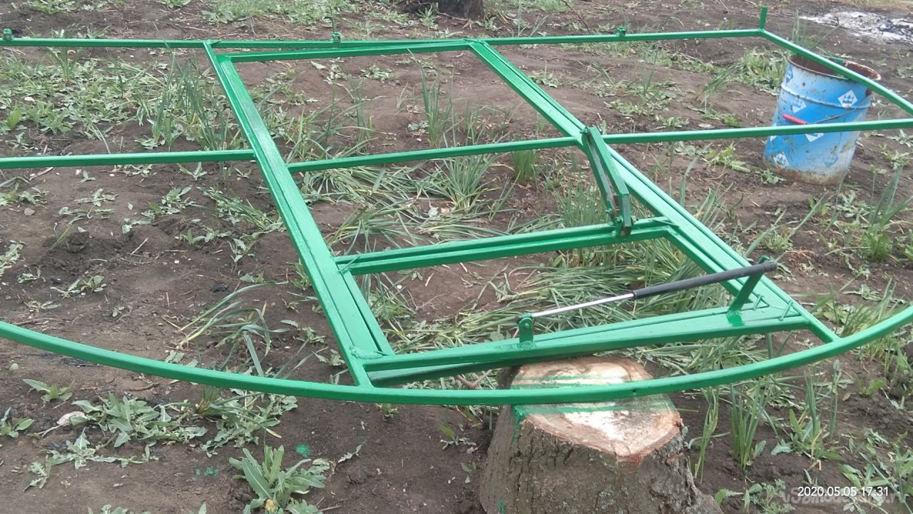 Greenhouse made of polycarbonate 3x6x2,1m