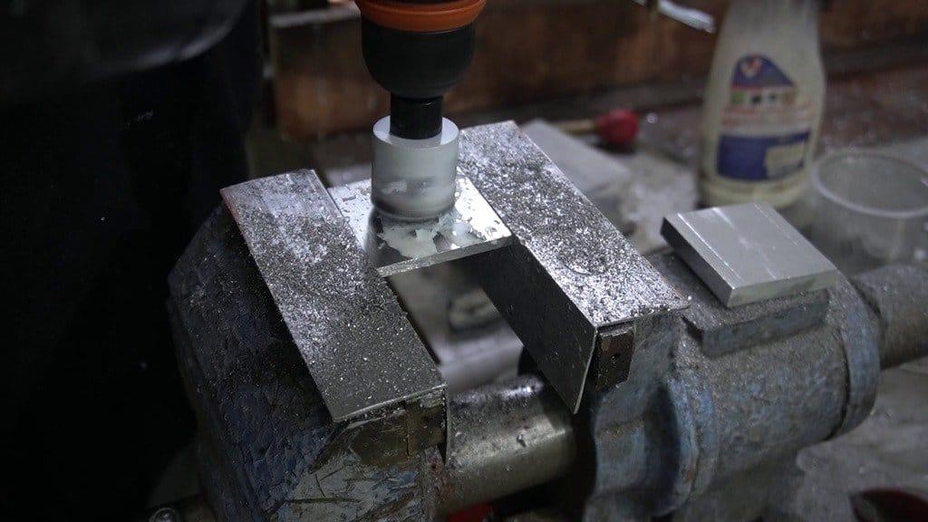 Homemade extruder for 3D printer (works on granules)