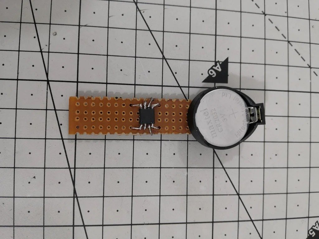 Contact digital thermometer based on DS18B20 sensor