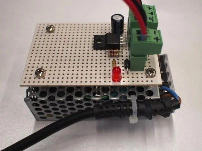 Rotary laser cnc engraver