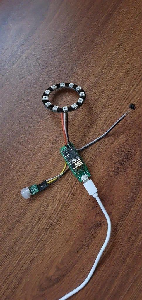 Doorbell with different notification methods