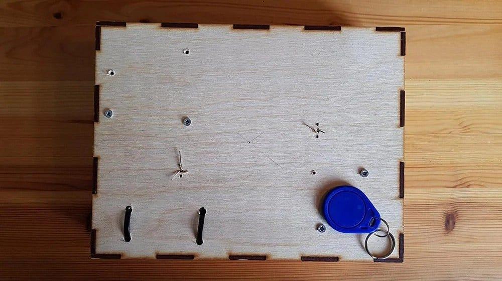 Arduino-based RFID lock