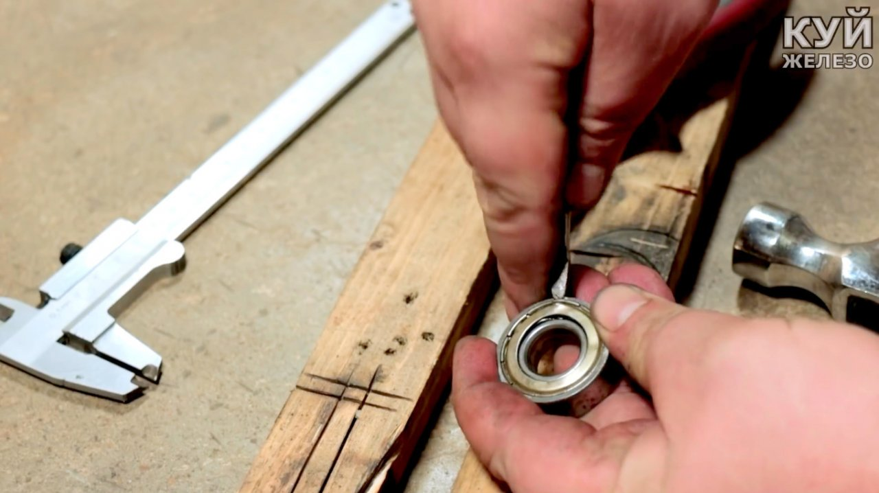 Electric grinder & mdash; do-it-yourself grinder attachment