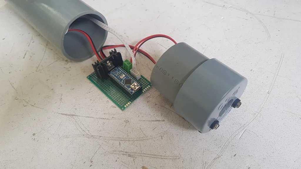 Magnetic levitation using the solenoid coil
