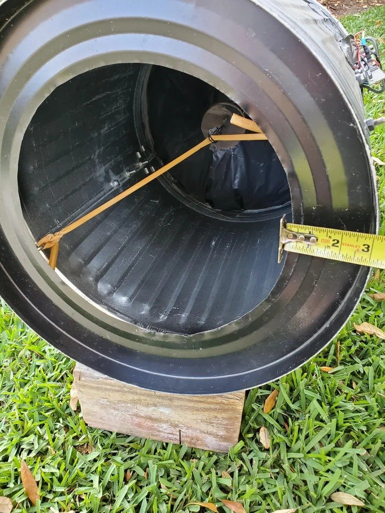 Air cannon to launch smoke rings