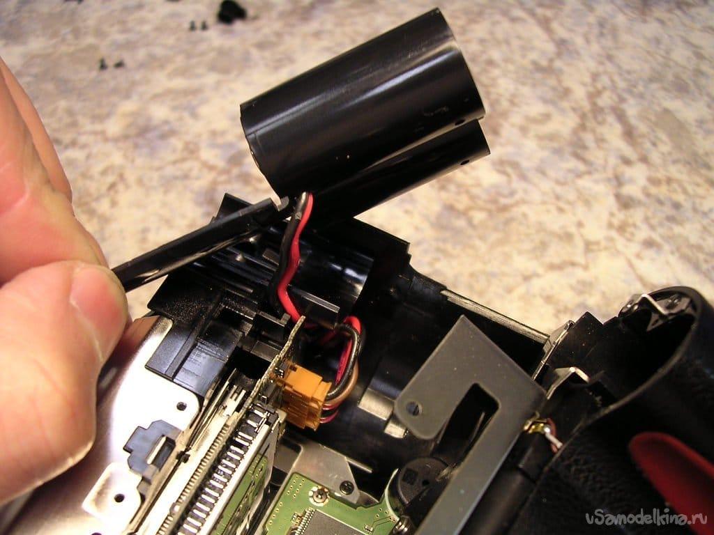 A problem for a psychic. Repair of the FUJI FinePix S2Pro camera
