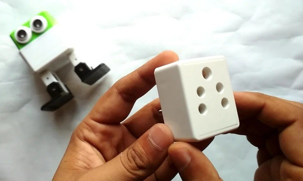 We make from an ordinary socket - 'smart'