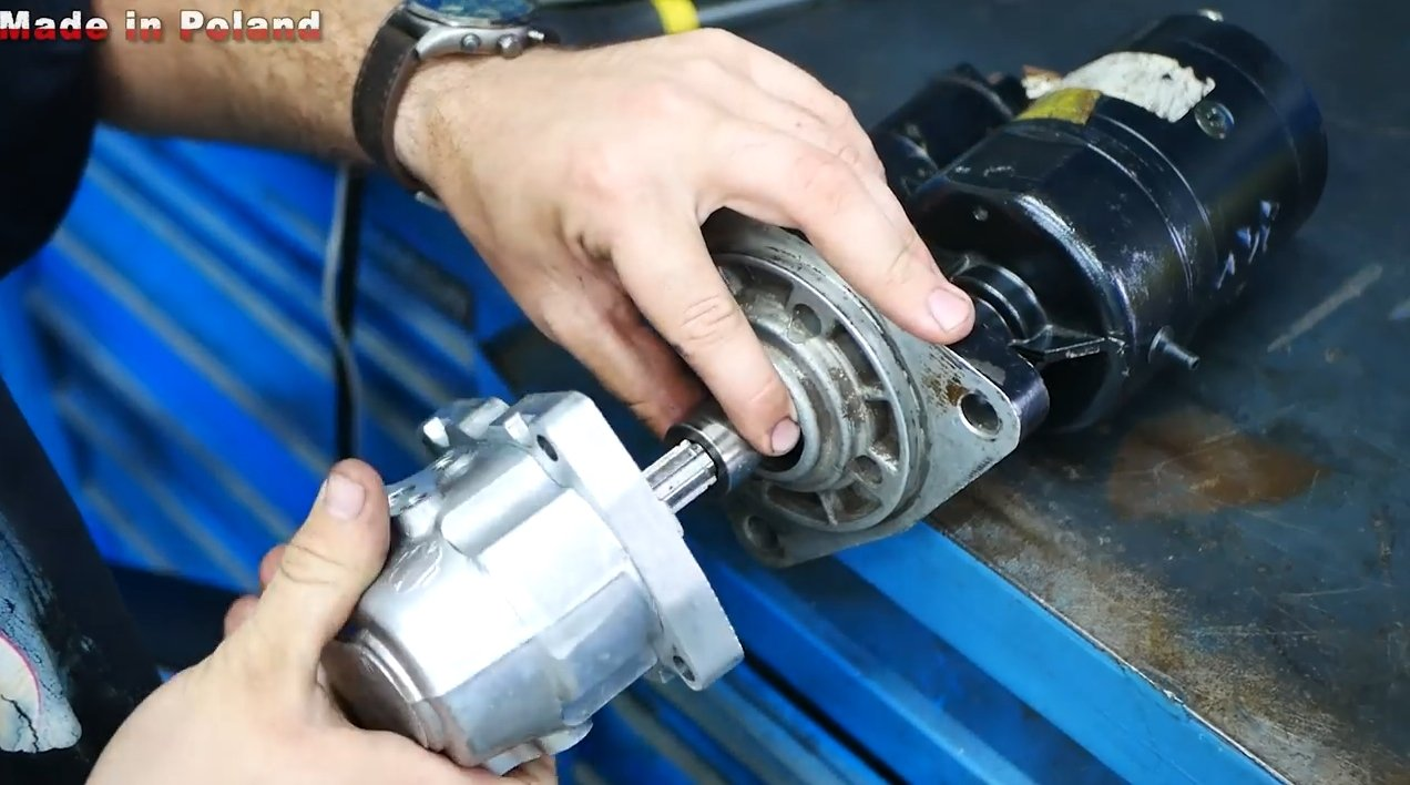 Electric hydraulic pump from a car starter
